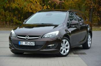"Opel Astra 1.4T(140KM) Lift Skóry Ledy Grzana Kierownica 2xParkt. Alu 17""ASO Opel"